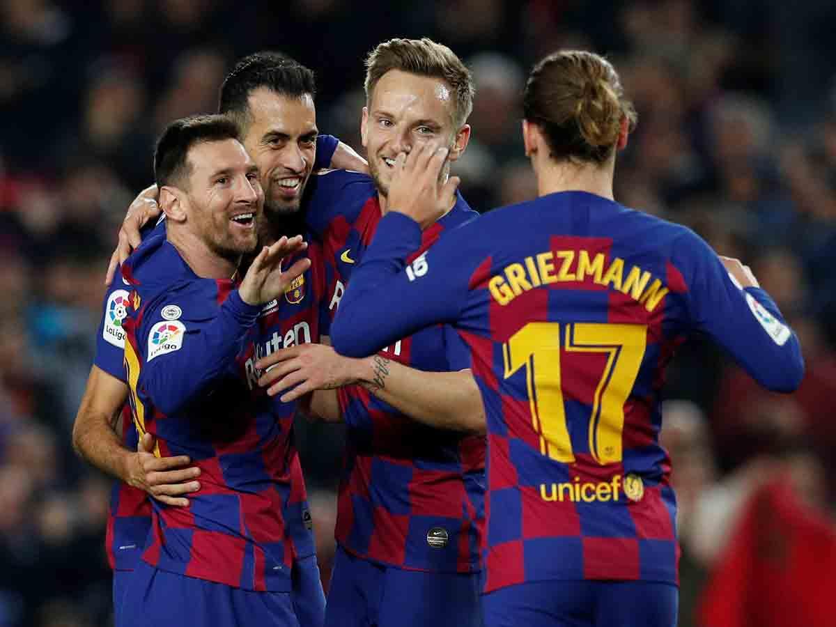 Recital de Messi y el Barcelona en el Camp Nou