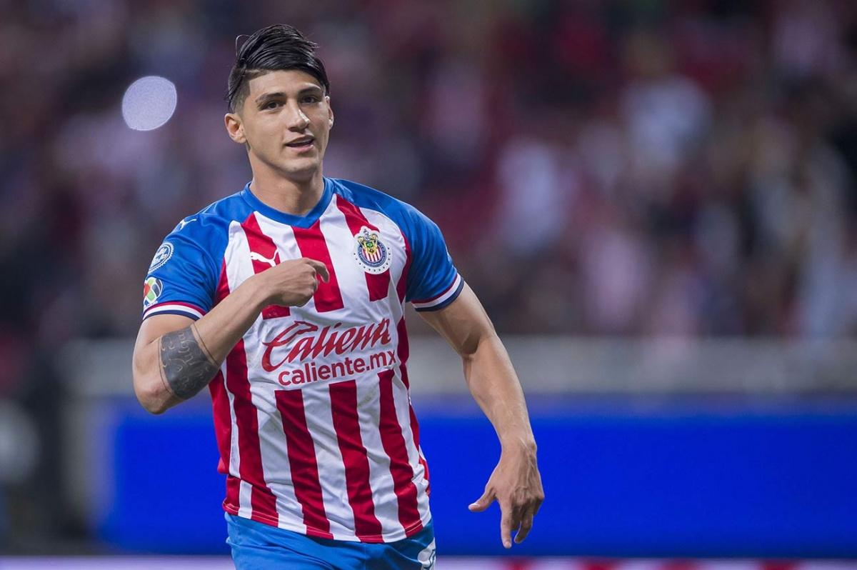 Alan Pulido sale del Rebaño rumbo a la MLS
