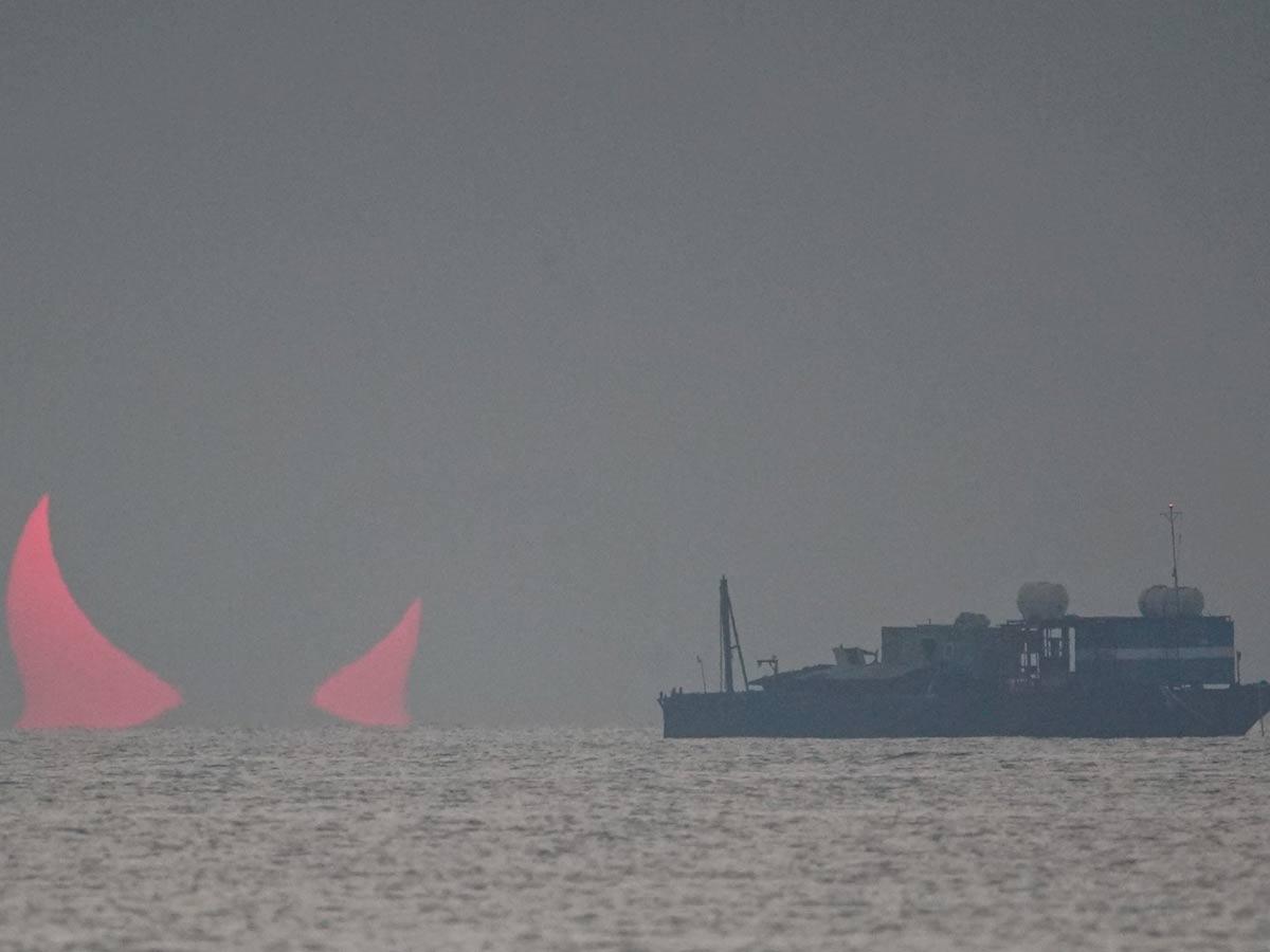Aparecen los 'cuernos del diablo' en costa de Qatar