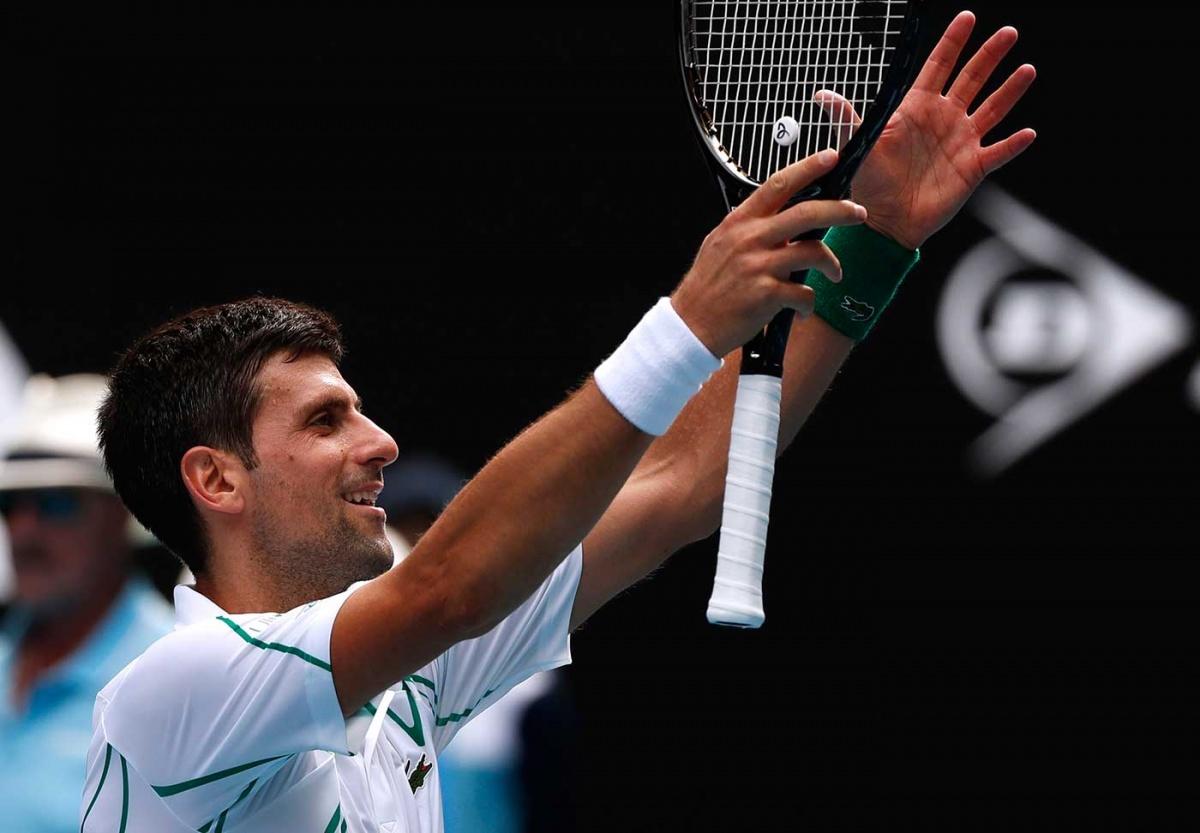 Djokovic y Federer se meten a cuartos en Australia