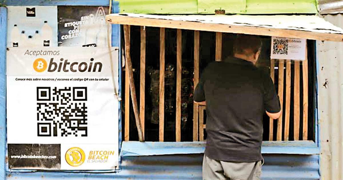 Bitcoin catapulta negocios en una playa de El Salvador