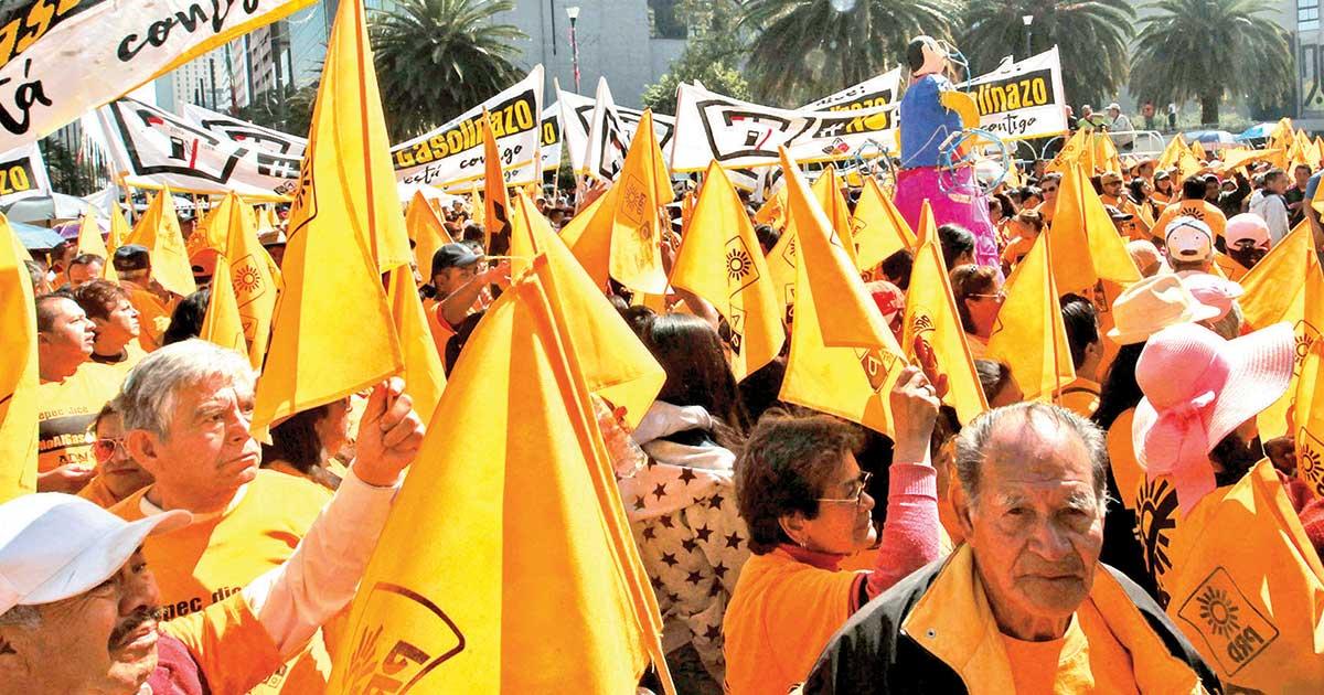 Partidos rasuraron en total a 10 millones de militantes; INE les dio un año para actualizar padrones