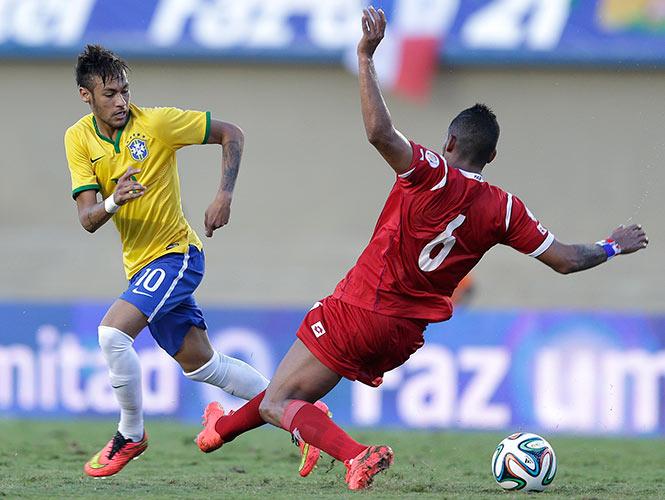 Brasil golea a Panamá con Neymar encendido (AP)