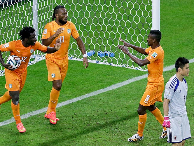 Costa de Marfil remonta y vence 2-1 a Japón