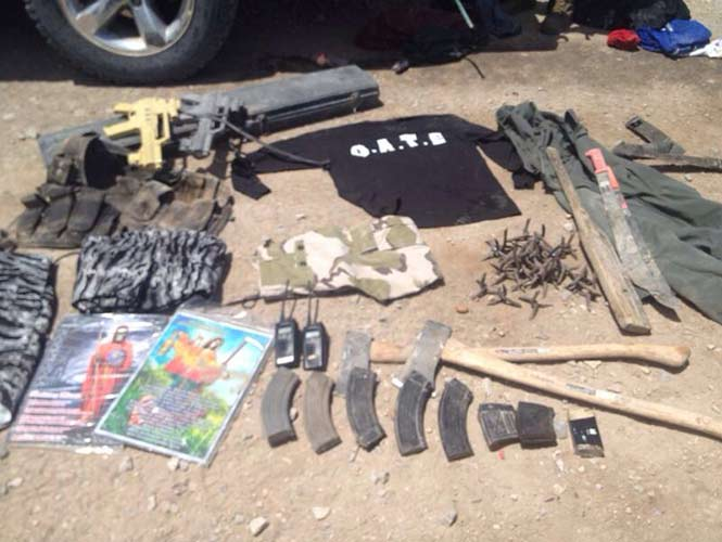 Incendian camionetas y dejan armas al huir de grupo GATE en Coahuila Coahuila2_1