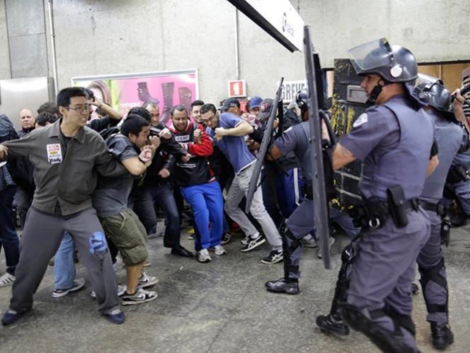 Huelgas en Brasil, principal amenaza del Mundial (AP)
