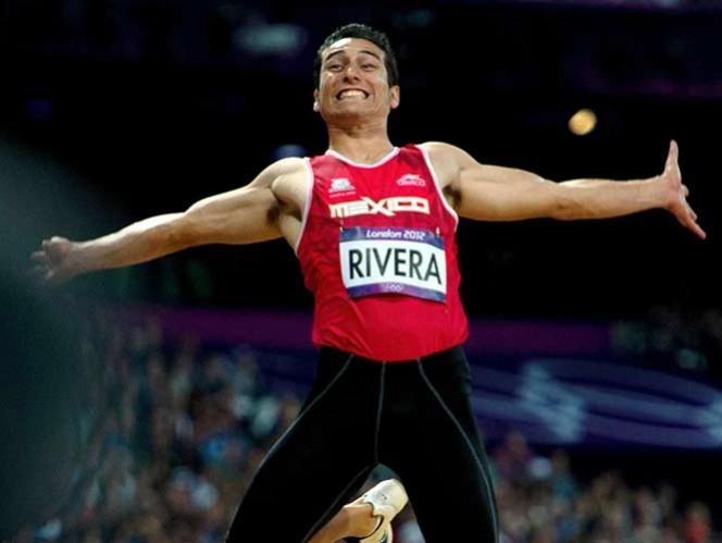 Pese a tener dolencias en una de sus rodillas, Rivera tiene en mente romper su marca y escalar en el ranking (Mexsport)
