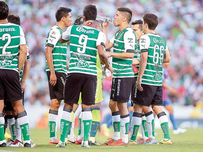 Los Guerreros entrenaron ayer en el estadio Ciudad de Lanús. Foto: Imago7