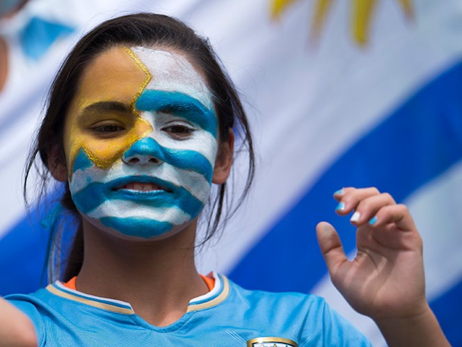 Jugada a jugada, las estadísticas del Italia vs. Uruguay (EFE)
