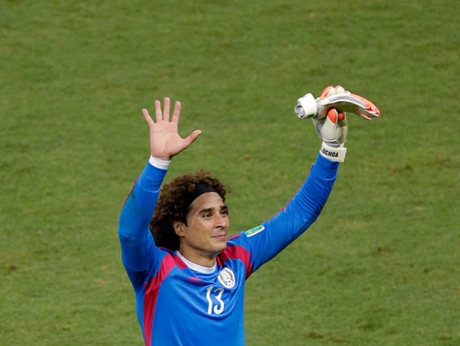 'Le llueven' aplausos a Ochoa en Twitter por su actuación