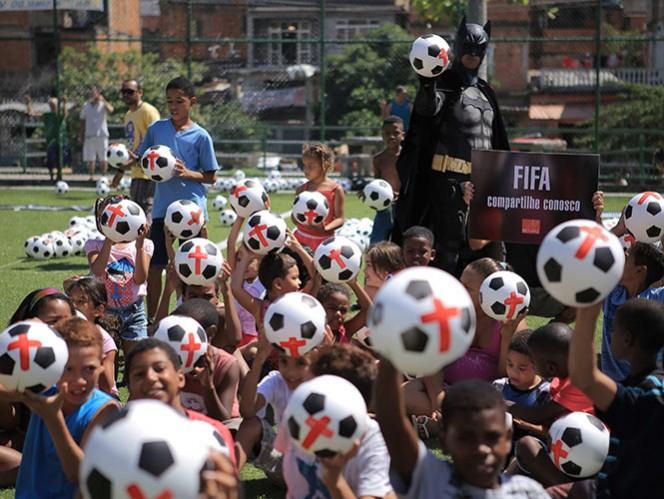 Protestan contra el Mundial en Río de Janeiro