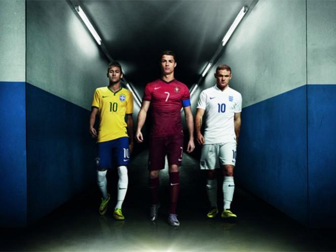"""Cristiano Ronaldo, Neymar y Rooney, """"arriesgan todo"""""""