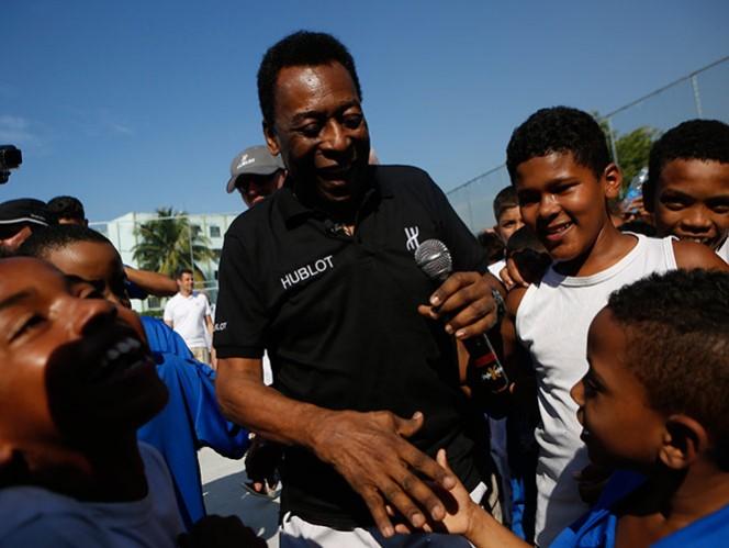 Detienen a hijo de Pelé por lavado de dinero (AP)