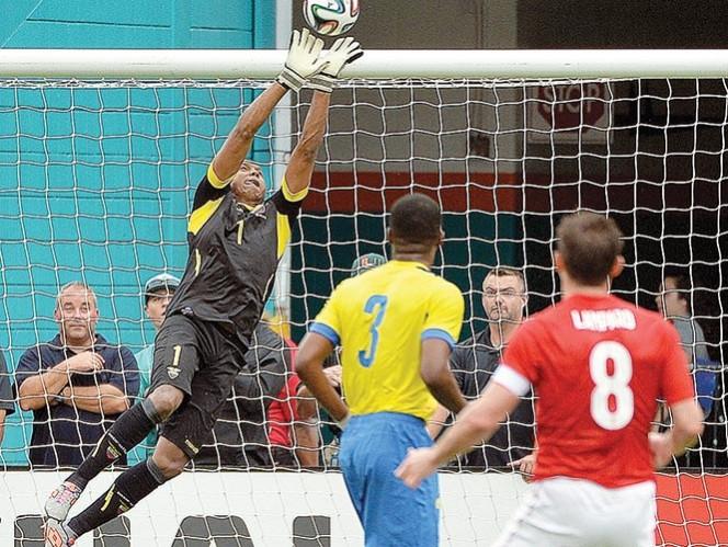 El once inglés se encontró a un rival incómodo. Foto: Reuters