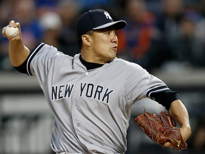 Masahiro Tanaka lanzó pelota de cuatro hits para su primera blanqueada en Grandes. (AP)