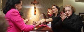 Amigos Y Familiares Despiden A Carmen Montejo