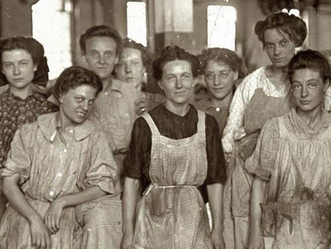 El incendio en una fábrica que dio origen al Día Internacional de la Mujer