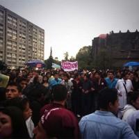Marcha de estudiantes del IPN arriba a Tlatelolco - Excélsior