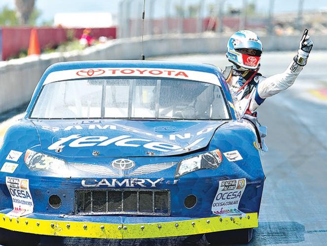 Daniel Suárez es uno de los pilotos destacados de la escudería Telmex y que está en el top 10 de la competencia. Foto: Mexsport