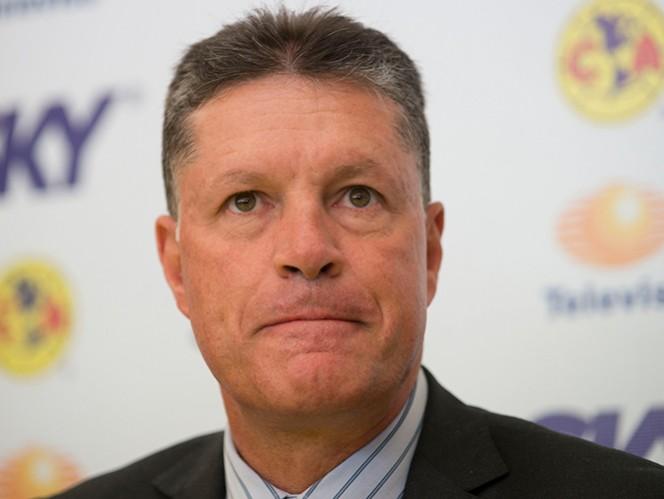 Peláez pide al América no hacer caso a los rumores de contrataciones
