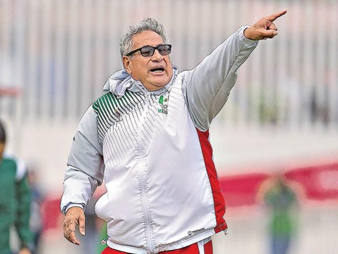 Leonardo Cuéllar quiere futbolistas más ganadoras