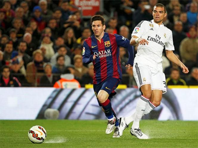 Árbitro es presionado para favorecer al Madrid ante Barsa