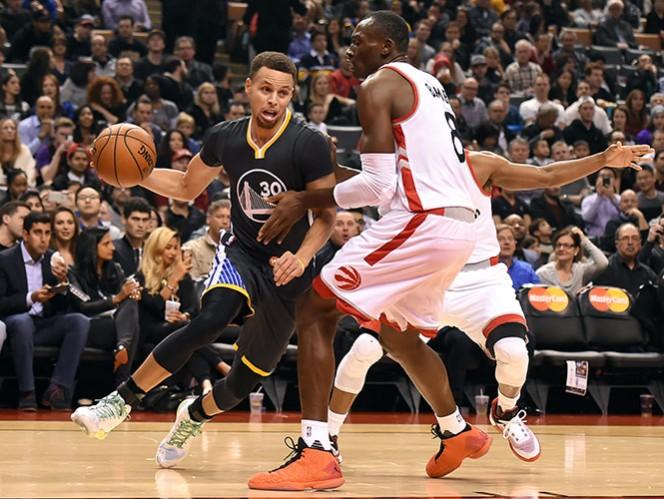 Fue la séptima ocasión en la temporada que Curry rebasó la cifra de los 40 puntos en un partido