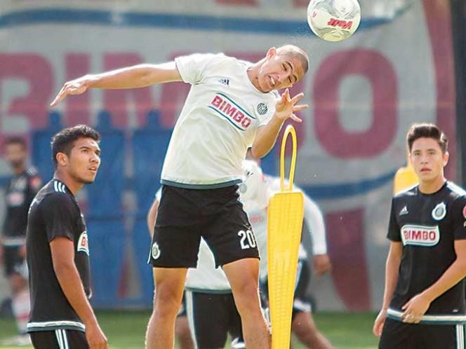 Designan a árbitro novato para el partido América-Chivas