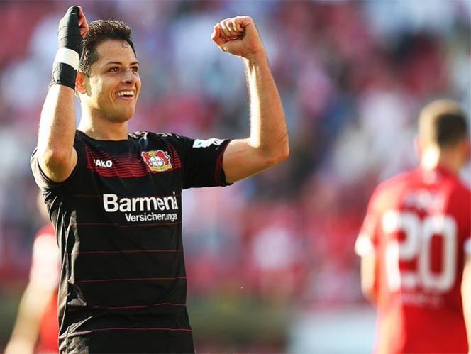 Chicharito marca gol 100 en empate de Leverkusen 1-1 ante Mónaco