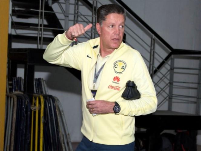 Ricardo Peláez asegura que les da risa que se hable de crisis
