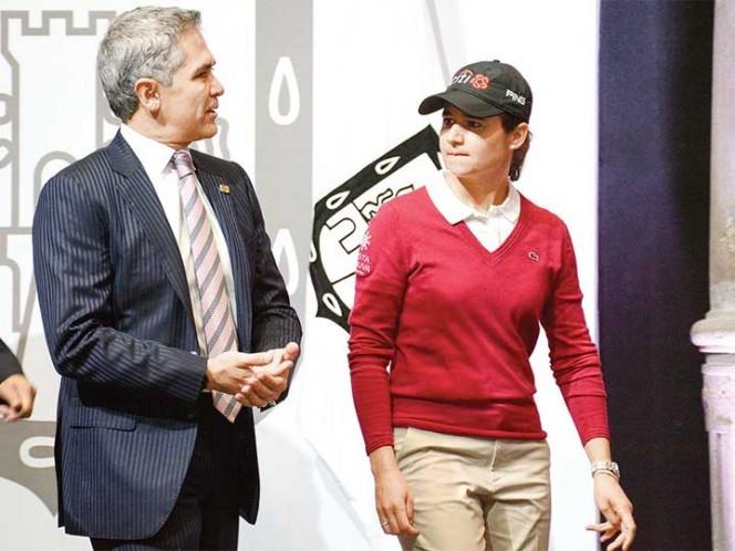 Lorena Ochoa dice que solo quiere disfrutar del golf con sus amigas