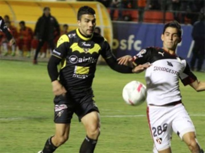 Ezequiel Orozco seguirá con Murciélagos