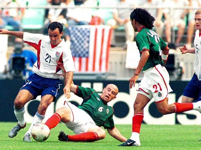 Golazo de Vela rescata el empate para México ante EEUU