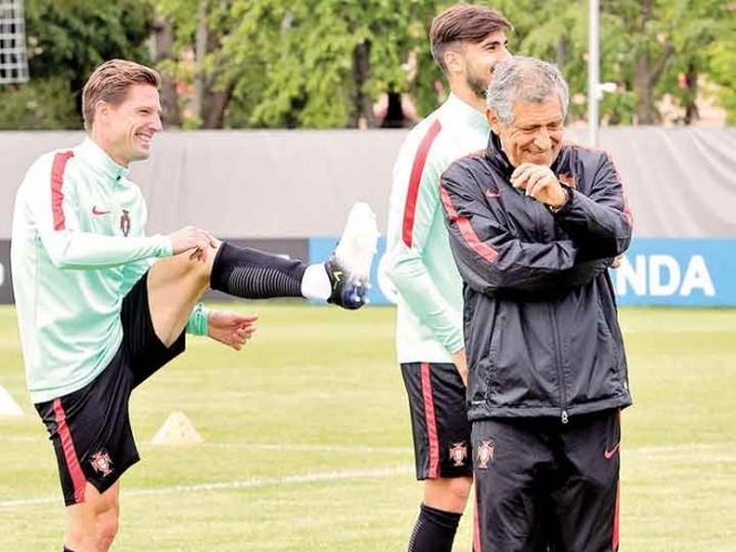 Portugal avanza a 'Semis' como líder del Grupo A