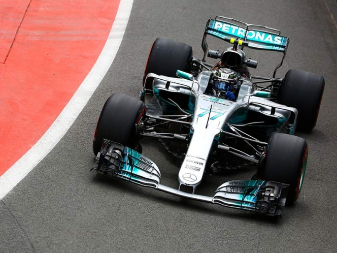 Checo Pérez va por puntos a Silverstone