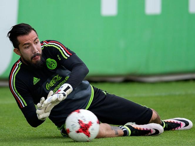 Jugador de la selección mexicana revela que Osorio no hace interescuadras