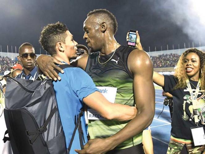 Bolt corre los metros finales de su leyenda
