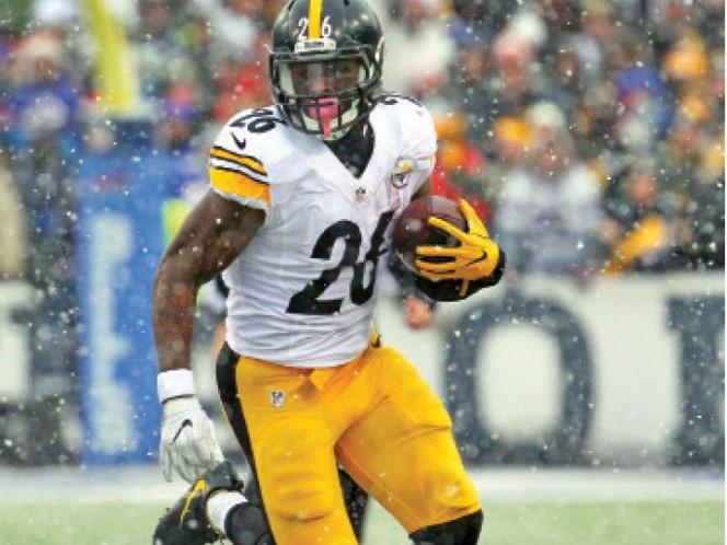 Steelers renueva a su gerente general Kevin Colbert