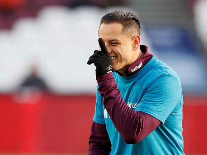 'Chicharito' Hernández regresa y perdona con el West Ham