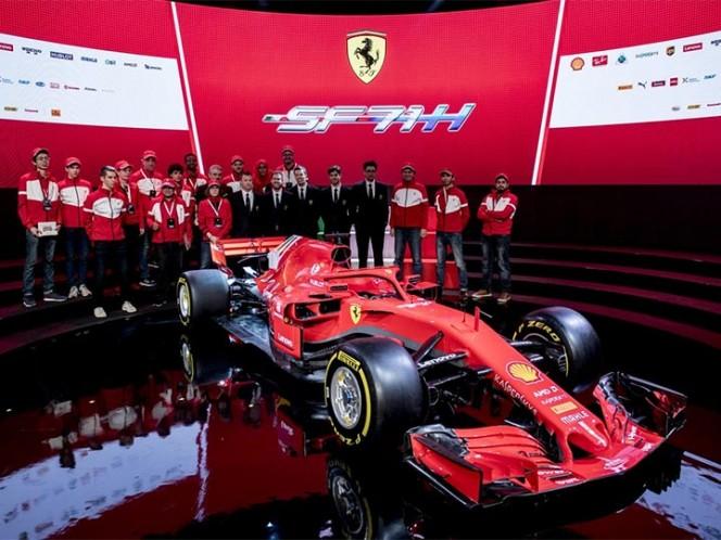 Ferrari presentó su nuevo auto para el campeonato de Fórmula Uno 2018