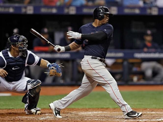 Logra Héctor Velázquez su primer triunfo con Boston — MLB