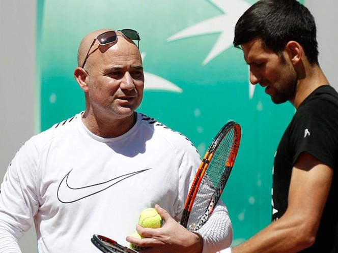 Agassi terminó su vínculo con Djokovic