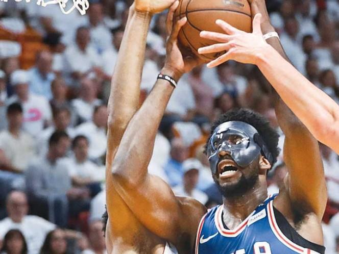 Embiid debutó en Playoffs y 76ers recuperaron la ventaja ante el Heat