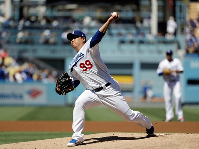 MLB: Los Dodgers salieron bravos en debut de Playoffs