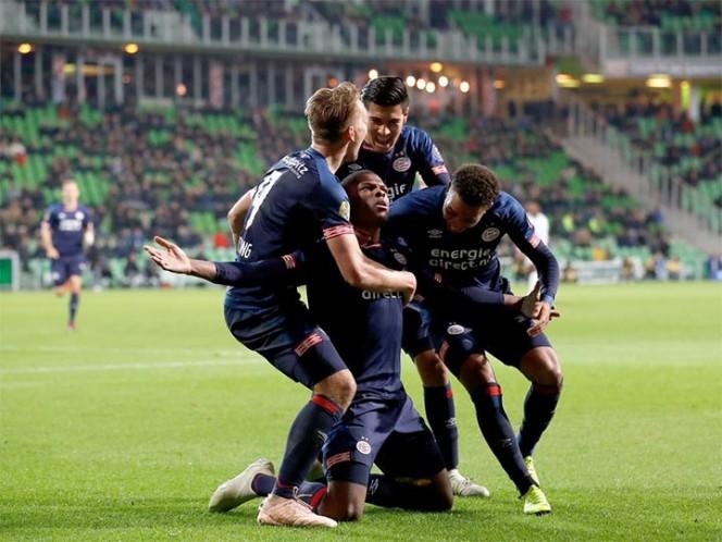 #Video Gol de Chucky Lozano en empate del PSV en la Champions