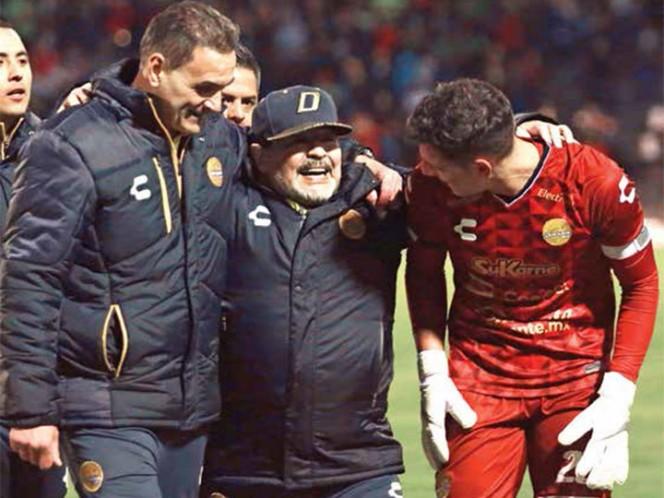 Maradona recibió un lujoso regalo por parte de Dorados de Sinaloa