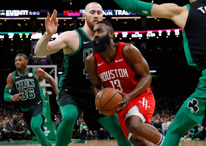 James Harden sigue en plan MVP