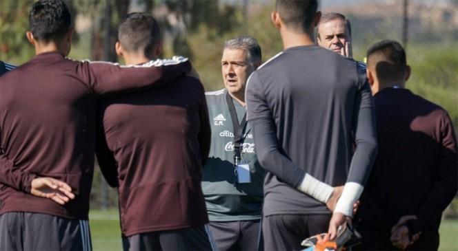 México sufrió su segunda baja para enfrentar a Chile y Paraguay