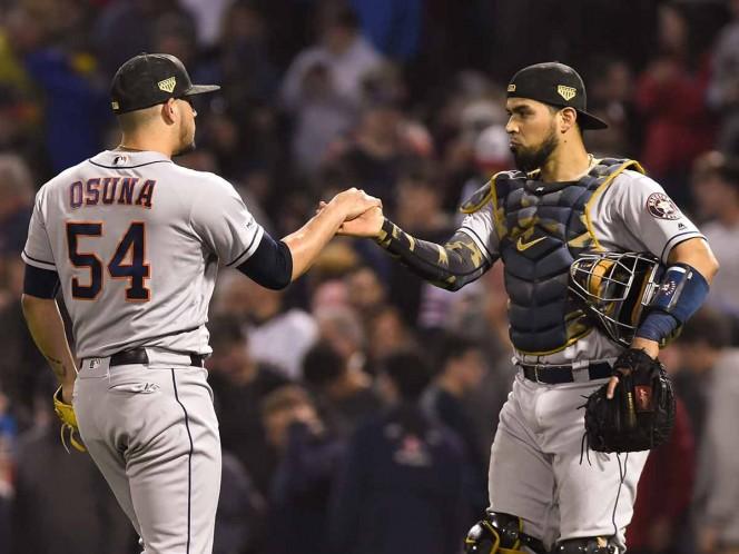 Osuna logra salvamento 11 y Astros vencen a Boston