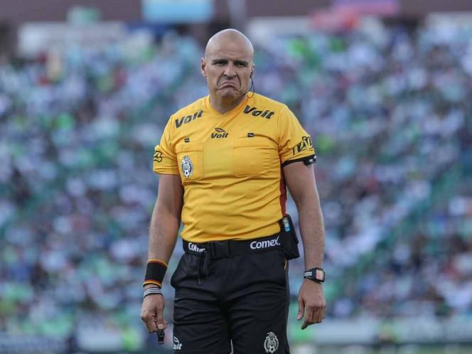 Francisco Chacón anuncia su retiro del arbitraje